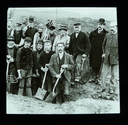 unknown excavation team photograph